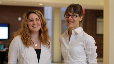 Undergraduate April Garbuz has learned from mentor Heather Read that it takes all kinds of scientists and engineers working together to understand how our brain functions. (Christine Buckley/UConn Photo)